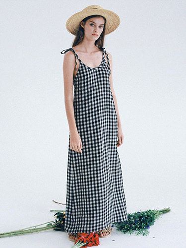 [SELF-LOVE] MABEL GINGHAM LINEN BACKLESS MAXI DRESS