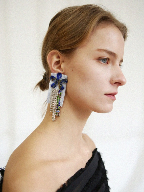 [SEASON4] MADELYN BLUE DROP EARRINGS