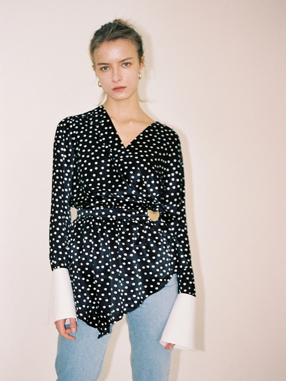 [즉시배송] NORA POLKA DOT SILK BLOUSE