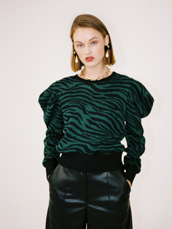 LOLA ZEBRA SWEATER_GREEN