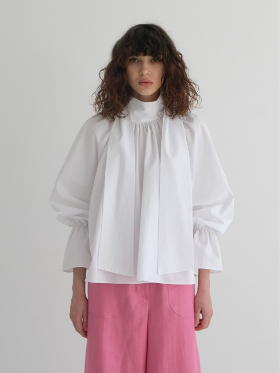MAGGIE SHIRRED BLOUSE_WHITE