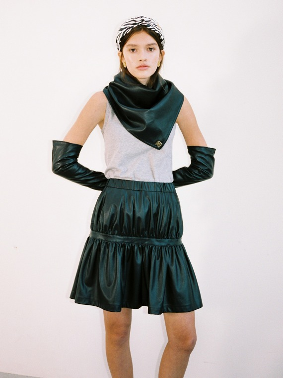 ANGEL SHIRRED LEATHER SKIRT_BLACK